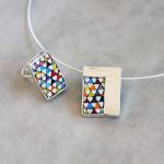 """Gioielli in mosaico: dalla collezione Gioielli CC, pendente e anello """"Tessuto"""""""