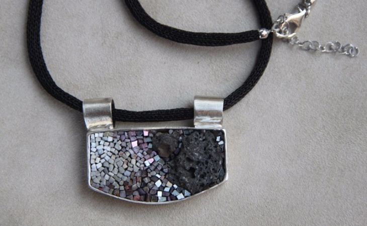 pendent and necklace fo the CC jewels in mosaic and silver
