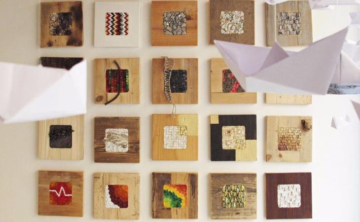 collezione di mosaici in legno di riciclo