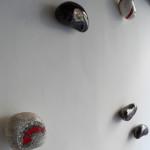 """""""Petra Musiva"""", 2014. Decori/appendiabiti a muro in ceramica, con inserti in mosaico. In collaborazione con Daniela Isola"""