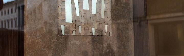 MRMR, nuove contaminazioni tra marmo e mosaico
