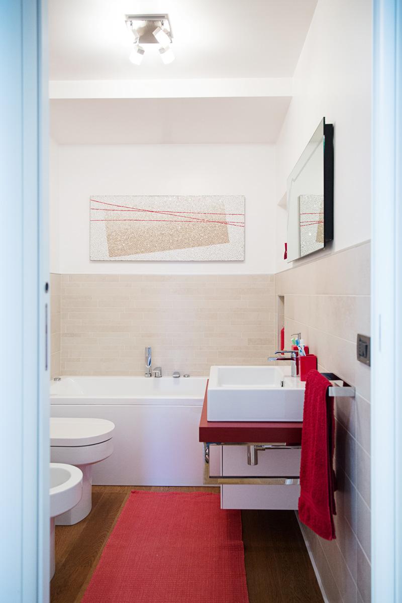 mosaico contemporaneo su design unico per il bagno