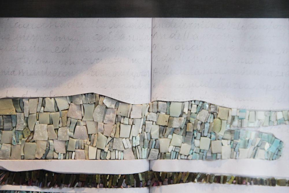 libri d'artista in micromosaico di Laura Carraro