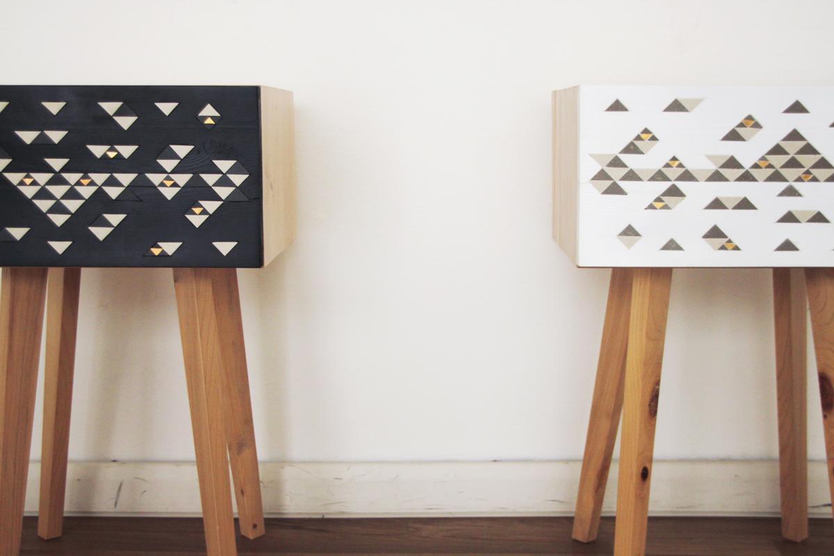 comodini in legno e inserti in mosaico per arredo camera oggetti artigianali
