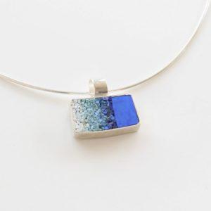 gioiello artigianale in argento e mosaico